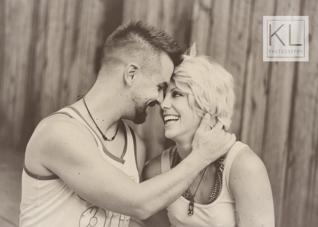 couple engagement photography binghamton