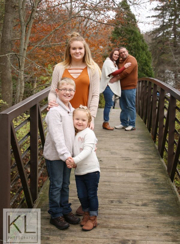 Fall Photos with the Reuscher Family